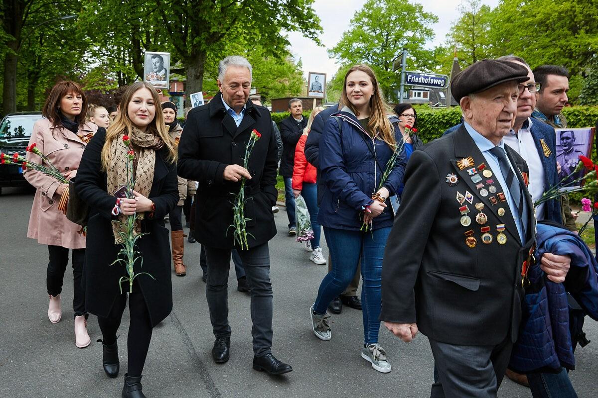 """5 мая в Гамбурге состоялась международная памятная акция """"Бессмертный полк"""""""