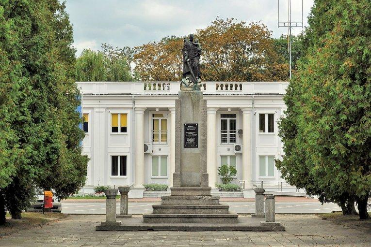 Памятник Благодарности Советской Армии в Мельце