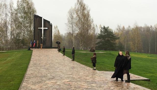 Путин отметил значимость мемориала жертвам нацистов под Новгородом