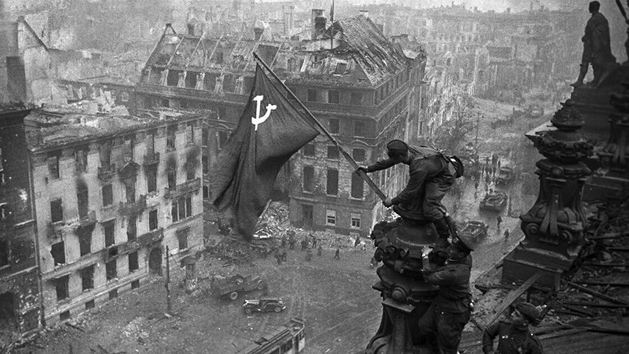Большинство россиян назвали победу в ВОВ главным событием страны в ХХ веке