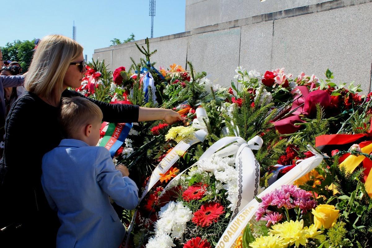 Бессмертный полк в Софии (Болгария), 9 мая 2018 года