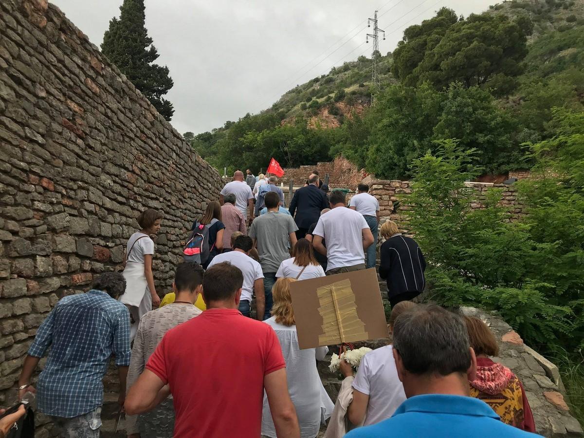 Бессмертный полк в Будве (Черногория), 9 мая 2018 года